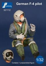 1/32 PJ PRODUCTION GERMAN F-4 PILOT SEATED IN A/C