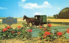 Postcard Ephemera Amish Country PA Pennsylvania Boxlike Carriage Family Horses