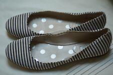 Boden Navy Blue & Ivory Striped Canvas Scalloped Ballet Flats Size 39