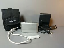 Sony Cyber-shot DSC-T70 8.1MP Digital Camera, Case and Charger/Battery - Silver