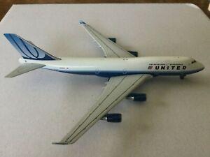 GeminiJets   United  B747-400  N196UA  GJUAL566  1:400 Scale Diecast Model