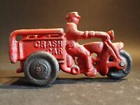 CAST IRON TOY MOTORCYCLE CYCLE CRASH CAR
