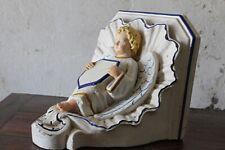 Console d'applique en plâtre pour statue décor d' ange début XXe Siècle