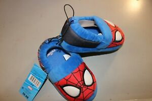 NEW w/tag♈Boy's Plush slippers by Marvel size 7/8~blue/red spiderman
