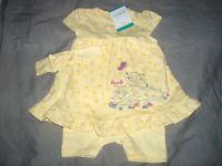 robe body neuve etiquetée disney jaune bambi et panpan taille 9-12  mois * *