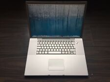 "MacBook Pro A1229 17"" / Core 2 Duo 2,40 Ghz / 500 Go / 3 Go / Qwertz"
