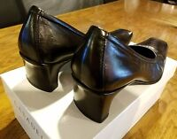 Casadei black leather Pump low heel womans size 5 1/2 shoes