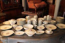 Important service de table en porcelaine de Limoges HAVILAND