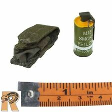 Weimy SBT - Smoke Grenade w/ Pouch - 1/6 Scale - DID Action Figures