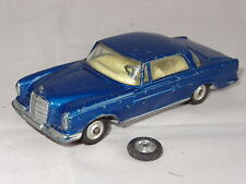 corgi MERCEDES BENZ 220SE COUPE - 253