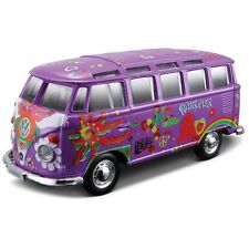 Maisto 1:25 Hippie Line - Volkswagen Van Samba (Colours May Vary)