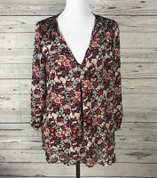 Rose + Olive Womens Black Red V-Neck Sharkbite Hem Floral Smocked Blouse Size XL