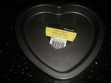 "QUALITY 8"" HEART SHAPED CAKE/BAKING TIN & FREE RECIPE - VALENTINES DAY"