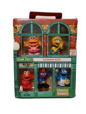 Sesame Street Neighborhood Friends Mini-Figures