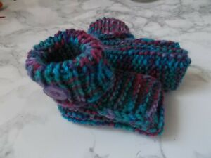 HAND KNITTED BABY BOOTS/BOOTIES 0-3 Months Purple/Turquoise Seamless