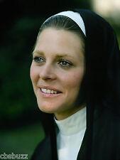 THE BIONIC WOMAN - LINDSAY WAGNER - TV SHOW PHOTO #106