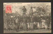 ETHNIQUE / TAM-TAM (GUINEE) DANSE des GRIOTS / HOMMES & ENFANTS animée en 1910