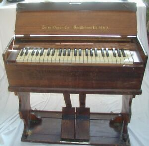Antique Estey organ Co Portable Folding Pump Organ Brattleboro Vermont Road Show