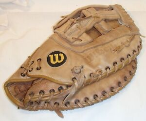 Wilson  First Base Leather Softball Glove/Mitt Big Scoop Right-handed thrower
