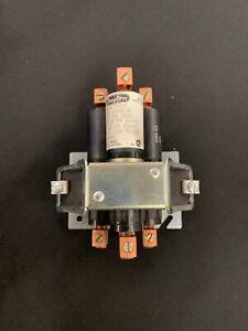 DAYTON 3X752E DISPLACEMENT RELAY 35A 600VAC 3HP 3 PH 120VAC 7.5HP 240 #13F55