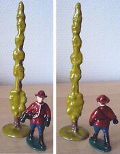 QUIRALU Figurine/soldat ''Canada'' – Police à pied bras ballant avec arbre