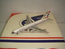 "Netmodel 500 NM 500 China Southwest Airlines B757-200 ""1990s colors"" 1:500"