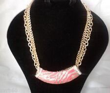Collar dorado Triple De Metal De Color Cadena Cristal Fucsia declaración Colgante Nuevo