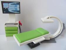 Playmobil dollshouse/hospital/Vet sets furniture: Xray machine & bench NEW