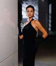 Catherine Bell Unsigned 8x10 Photo (40)