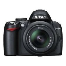 USED Nikon D3000 with AF-S 18-55mm f/3.5-5.6G DX VR Excellent FREE SHIPPING