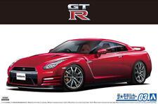 2014 Nissan GT-R R35 Pure Edition GTR 1:24 Model Kit Aoshima Bausatz 058572