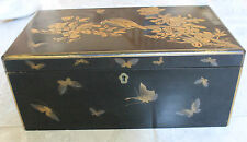 Japon XIX - Meiji - EDO - Ecritoire en Laque aux papillons