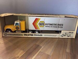 Vintage Nylint NAPA Semi Tractor Trailer No. 820 D