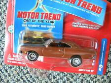 1969 PLYMOUTH ROAD RUNNER  #9   2003 JOHNNY LIGHTNING MOTOR TREND   1:64 DIECAST