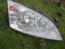 Ford Mondeo Headlight (R.H.D) Offside Right 2000 - 2007 Part Number 0301174602