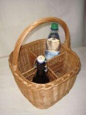 Markenlose Flaschenkörbe für den Wohnbereich aus Weide