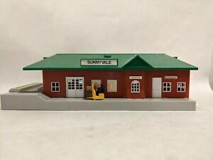Vintage Bachmann Ho Scale Sunnyvale Train Station Depot Building Light Works RR