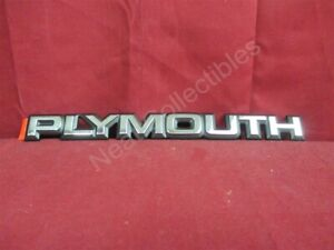 """NOS OEM Plymouth Sundance """"Plymouth"""" Trunk Lid Nameplate Emblem 1987 - 94"""