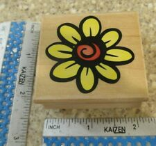 LARGE DAISY MW  RUBBER STAMP-HERO ARTS