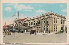 Union Railroad Station in Des Moines IA Postcard