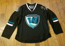 AHL Worcester Sharks Jersey Kids S/M Youth Boys Small Hockey Autographed CCM