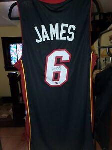 Lebron James Miami Heat Autographed Signed Jersey. Authentic Autograph w/ COA