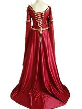 Damenkostüme in Rot