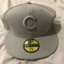 New Era Chicago Cubs 59fifty Fitted Hat Size 7 3/8 NEW without tags