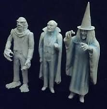 Aurora Munsters Living room Scale Zombo Grampa Uncle Gilbert Creature resin kits