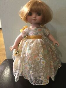 Marie Osmond Adora Belle Spring Fling Vinyl Doll Yellow Floral Dress