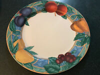 "Victoria & Beale 9024 FORBIDDEN FRUIT 10 3/4"" Dinner Plates (Set of 3)"