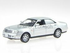 Nissan Gloria Ultima Z silv diecast model car 02007SL J-Collection1/43