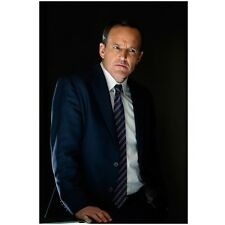 Agents of S.H.I.E.L.D. Clark Gregg as Agent Coulson Serious 8 x 10 Inch Photo