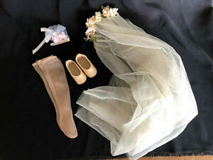 "17"" BRIDE DOLL ACCESSORIES-Veil,Stockings,Shoes,Bouquet.VINTAGE.No Dress No Doll"